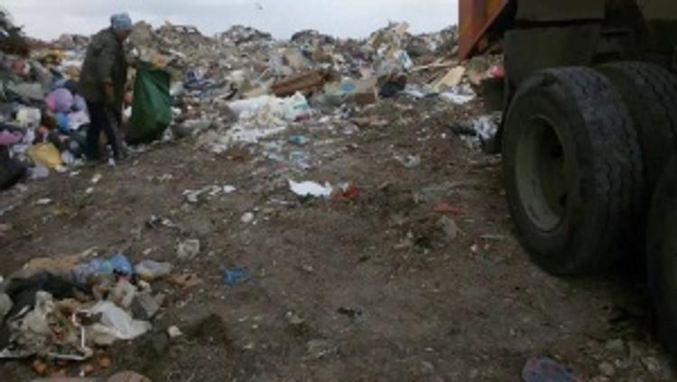 Крымчане, живущие под Симферополем, жалуются на запах от свалки