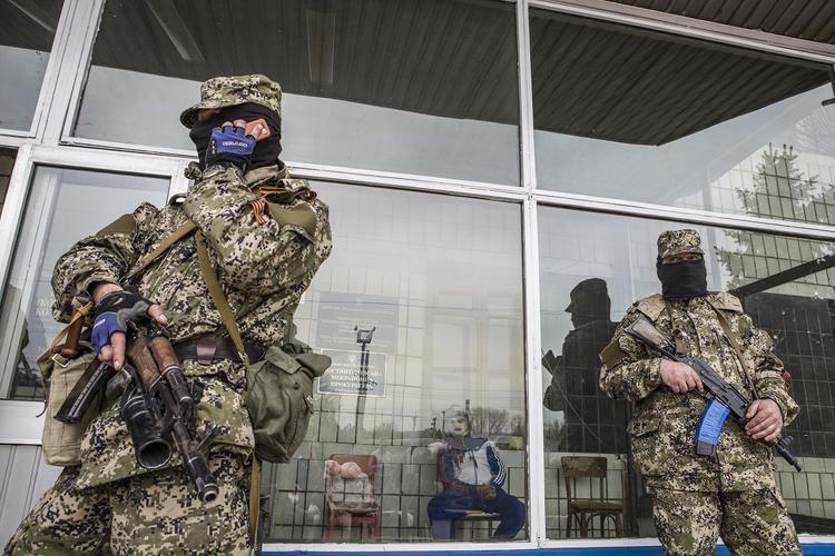 Эксперт оценил вероятность анонсированного Киевом «ухода России из Донбасса»