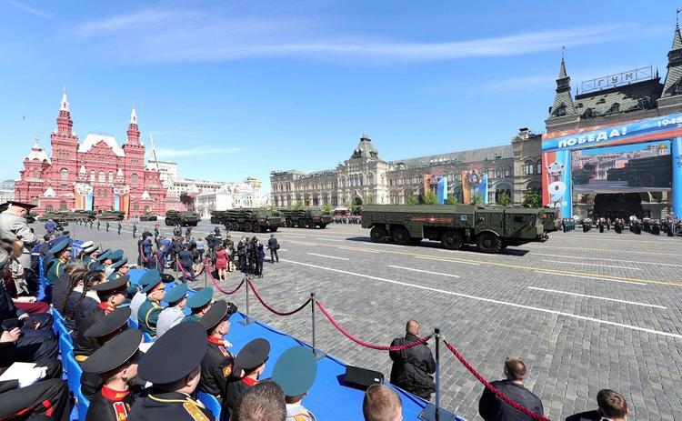 Оттесненный охраной Путина ветеран рассказал о своих впечатлениях от парада