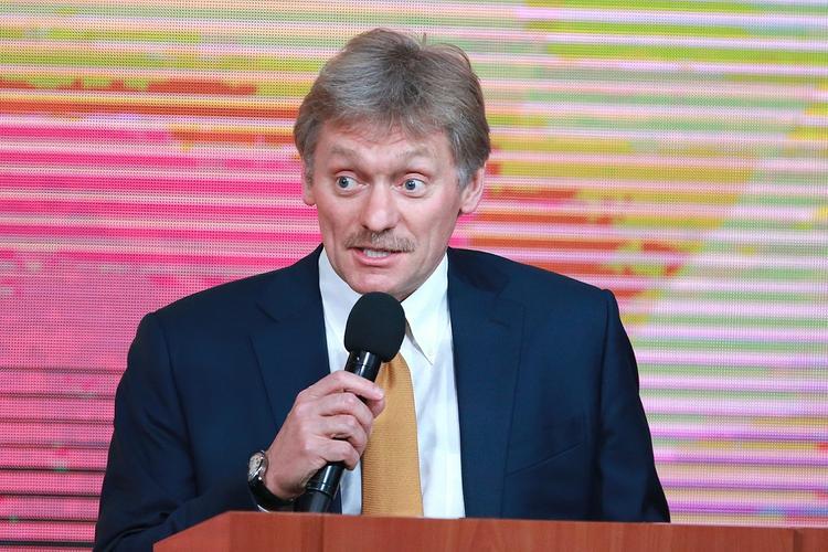 Песков сообщил, кто откроет движение по Крымскому мосту