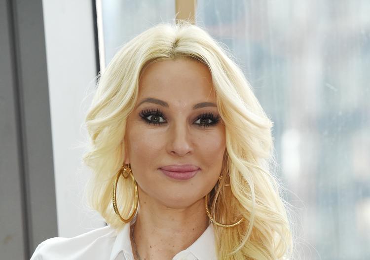 Муж Леры Кудрявцевой опубликовал снимок с беременной телеведущей