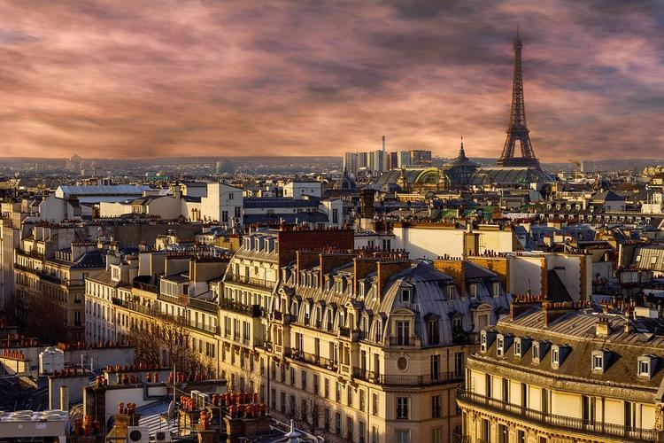 Europe 1: нападение в Париже совершил выходец из Чечни