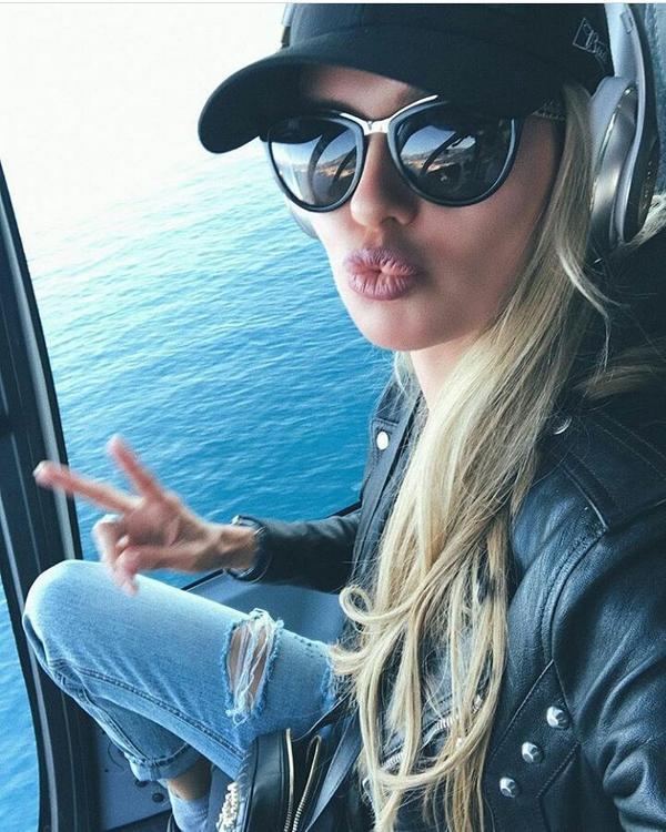Боня заинтересовала режиссера из Голливуда и полетела ужинать на вертолете