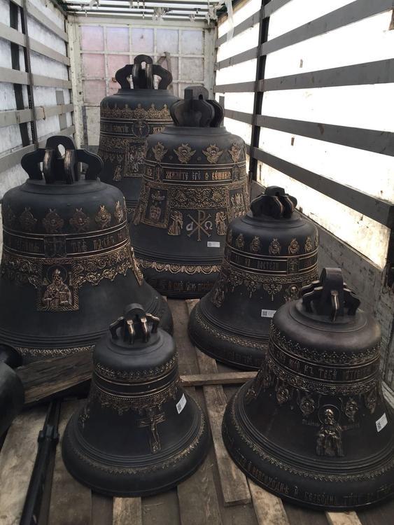 Пятнадцать малых и три благовеста доставлены в Волгоград