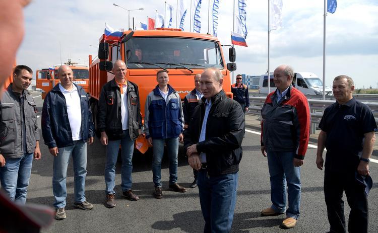 Путин  о проезде  за рулем «КамАЗа» по Крымскому мосту: «Супер!»