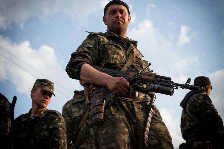 Застрявшие в «котле» под Горловкой бойцы ВСУ пожаловались на видео Порошенко