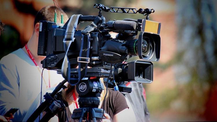 Под обстрел в Донбассе попали российские тележурналисты