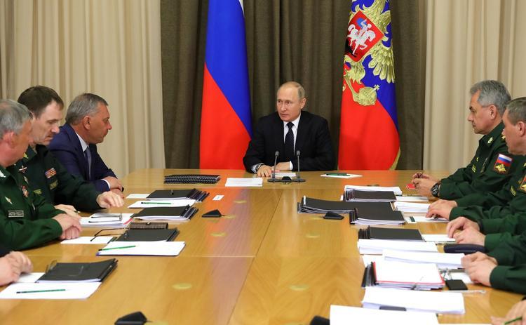 "Путин сообщил, когда в армию поступят комплексы ""Авангард"" и ""Сармат"""