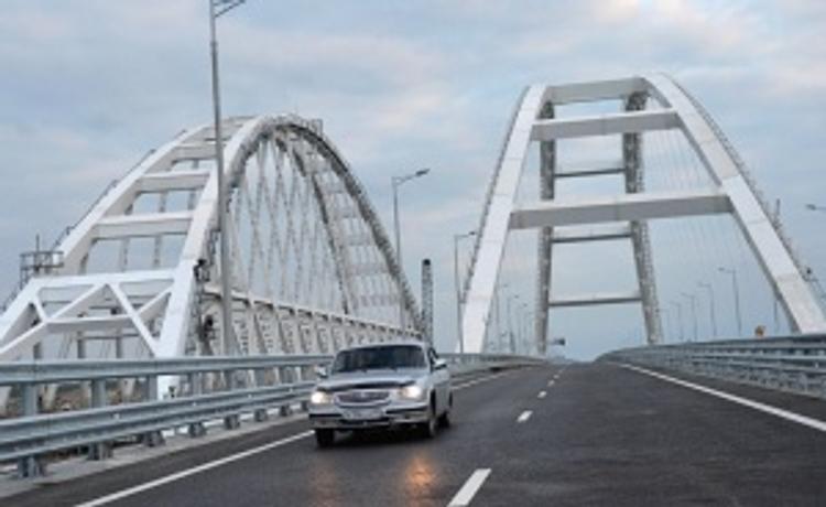 В Госдуме прокомментировали планы Порошенко использовать Крымский мост