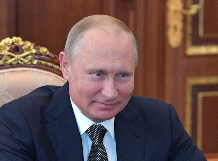Граждане России направили к Прямой линии с Путиным 225 тысяч вопросов