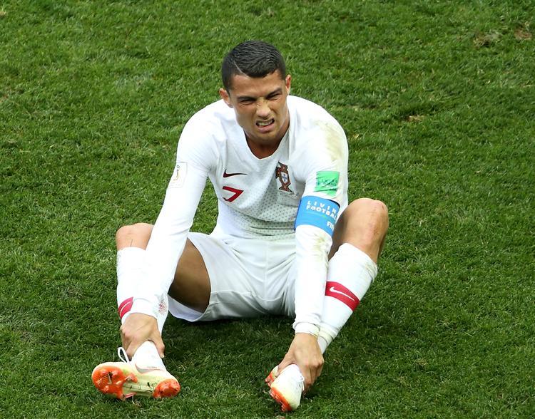 Португальские болельщики обнаружили в Саранске скульптуру Криштиану Роналду