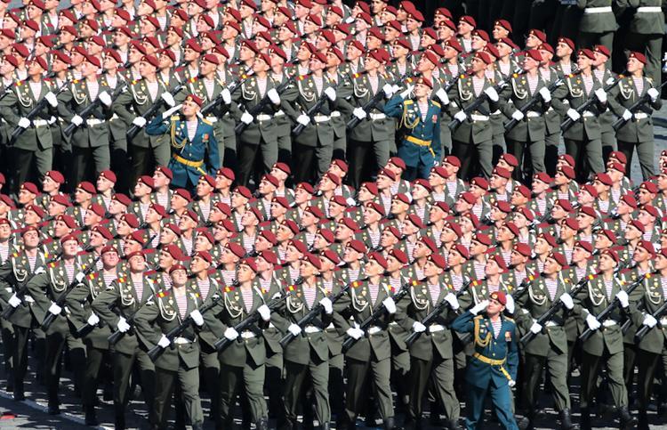 В Киеве испугались новых названий военных частей России
