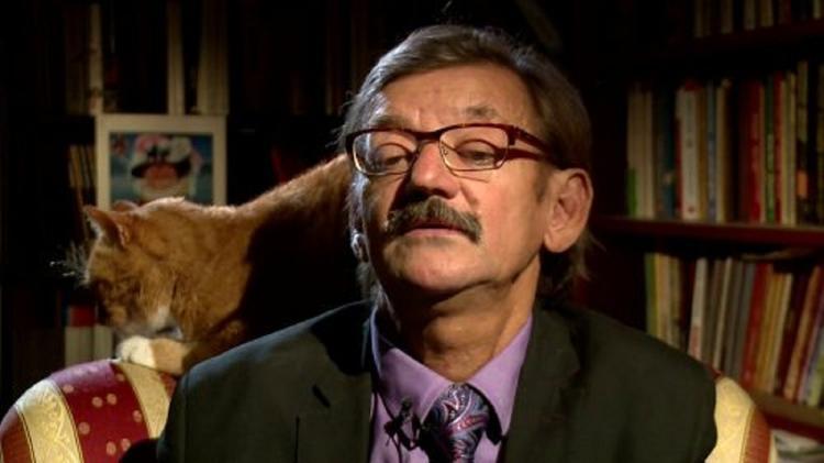 Польский историк стал звездой интернета благодаря своему коту