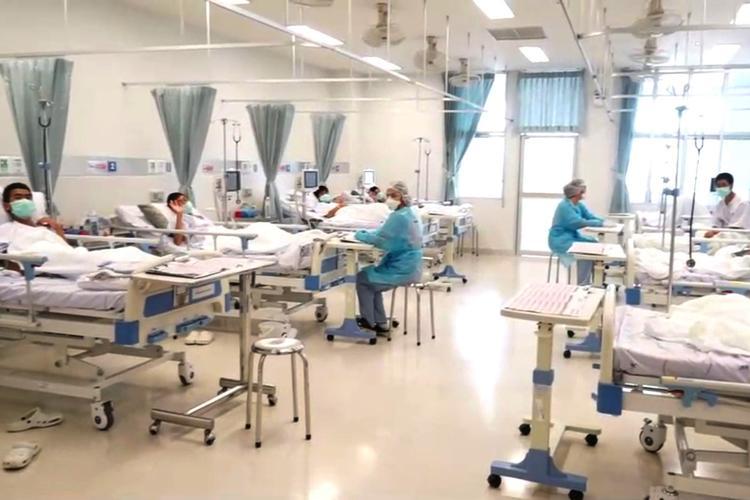 Дети, эвакуированные из пещеры в Таиланде, готовятся к выписке из больницы