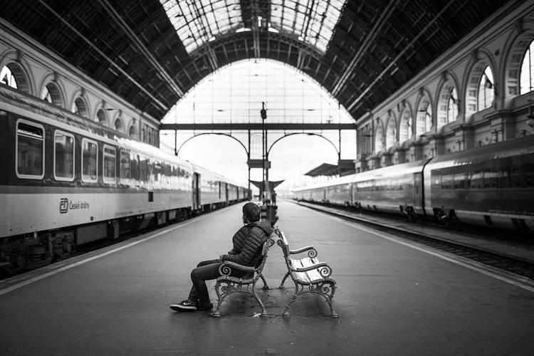 На нескольких вокзалах Франции оказались заблокированы 1,5 тысячи человек