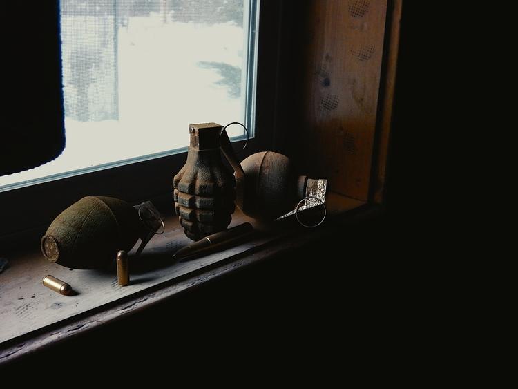 В Ростове-на-Дону между тиром и школой нашли учебные гранаты