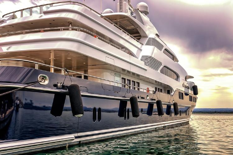 Тело 20-летней модели найдено на яхте миллиардера из Мексики
