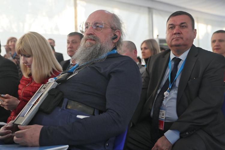 Вассерман обозначил роль непризнанных ДНР и ЛНР в разрушении киевского режима