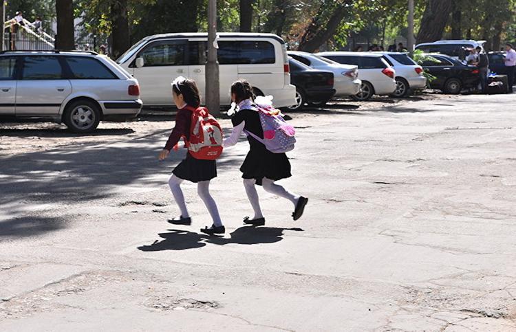 В сентябре дети чаще всего попадают под машину