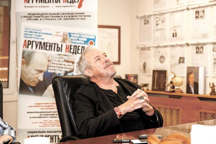 Андрей Макаревич влюбляется нечасто. Раз в неделю...