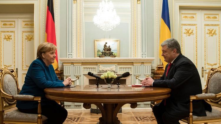Меркель: выборы на Донбассе противоречат минским договоренностям