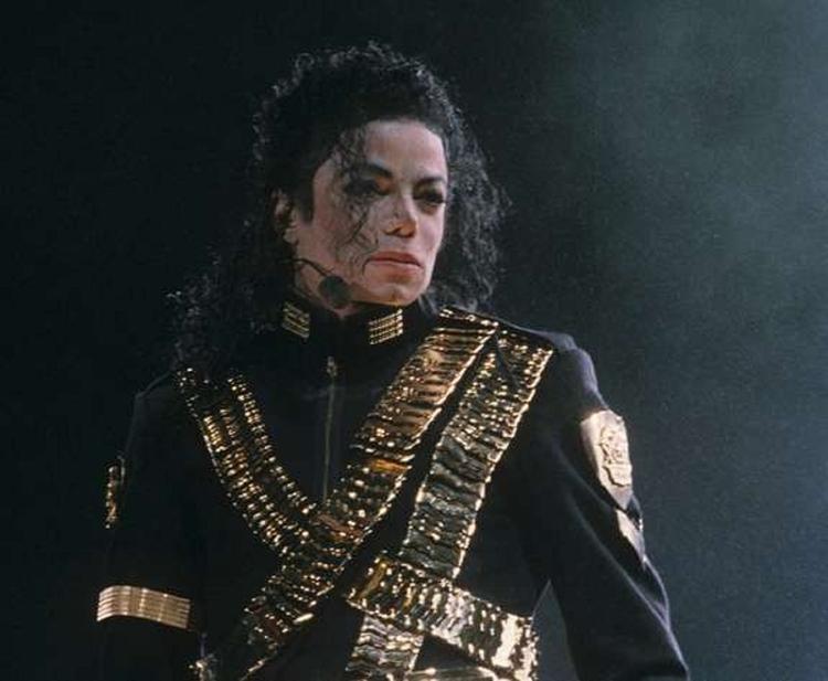 Майкла Джексона назвали самым богатым умершим артистом