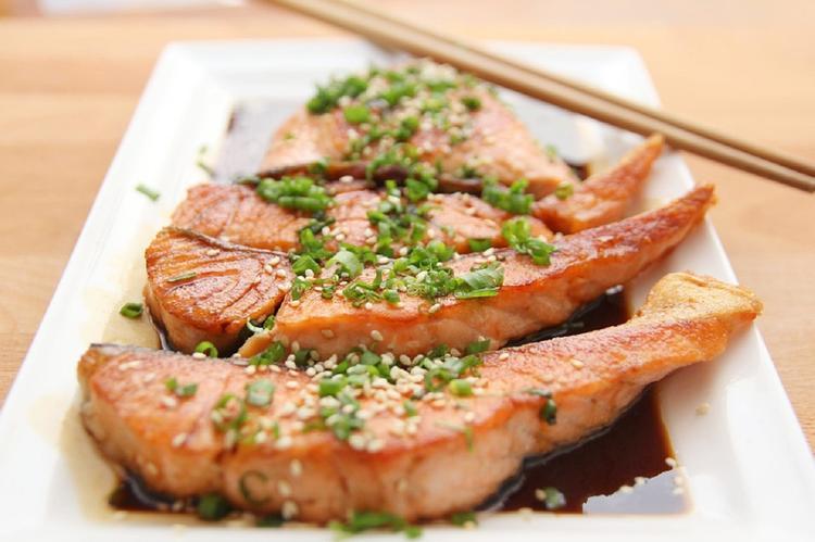 Есть и не толстеть: названы продукты, способствующие похуданию
