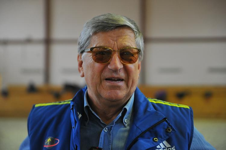 Легендарный биатлонист предложил запретить олимпийцев в Госдуме