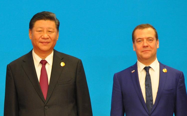 Акимов: односторонние санкции США не повлияют на совместную работу России и КНР