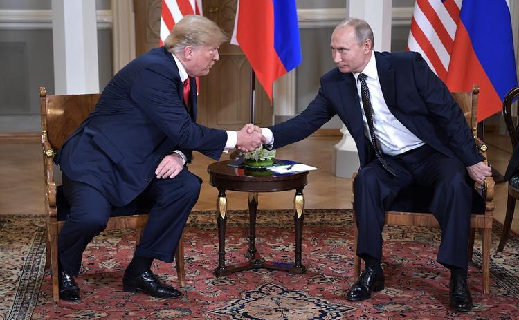 В Кремле отказались уточнять причину отмены переговоров Путина и Трампа