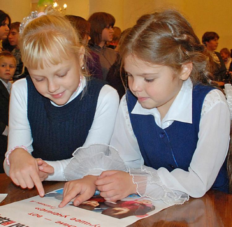 В Волгоградской области предложили кормить первоклассников бесплатно