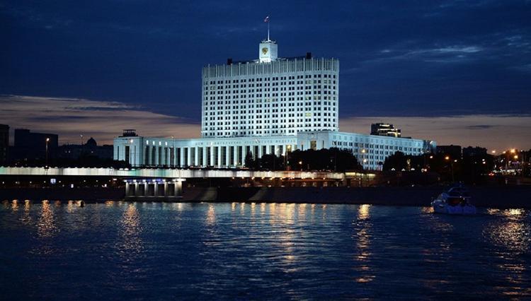 Сотрудницу аппарата кабмина уволили за передачу СМИ конфиденциальной информации