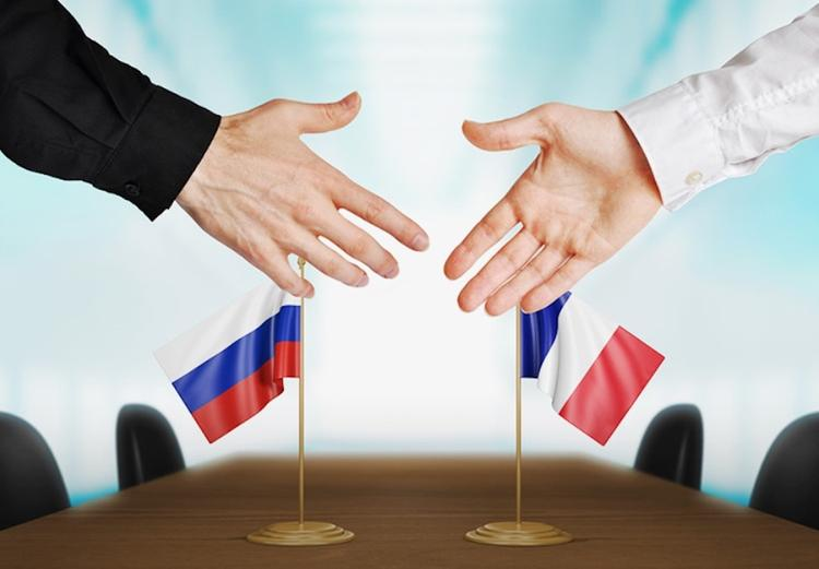 Депутат Франции Клод Госген: Когда Франция свободна - она с русскими