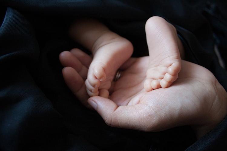 СМИ: новорожденного похитили в одной из больниц Санкт-Петербурга