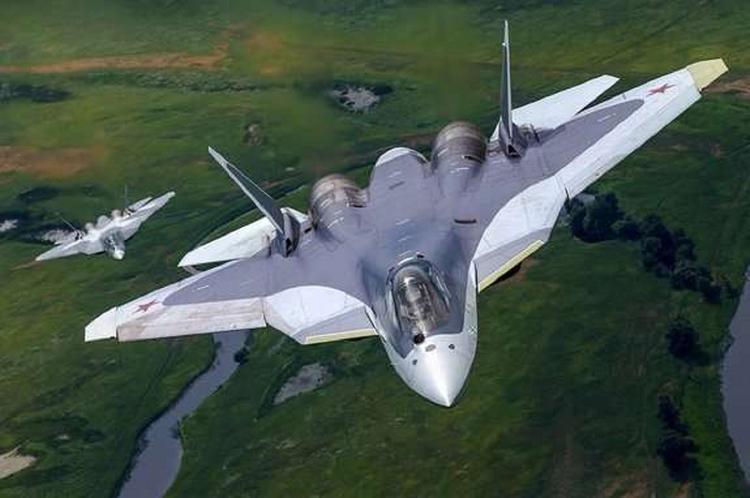 Опубликовано видео маневров четырех новейших СУ-57