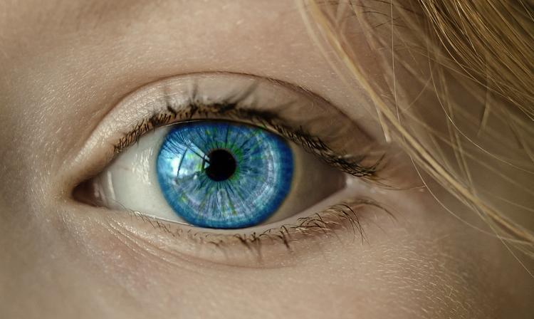 Ученые обнаружили в человеческом глазу опасный белок