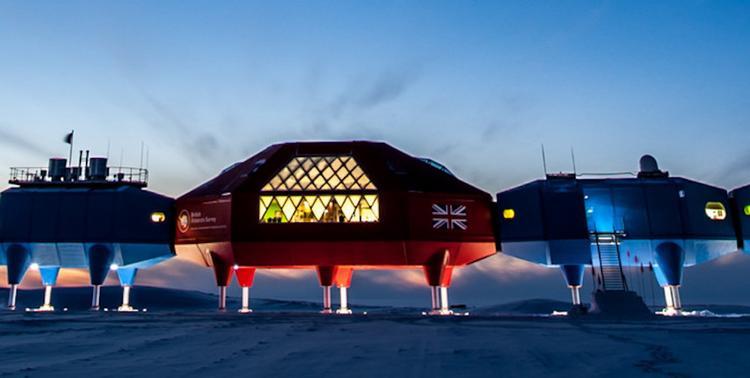 Великобританию интересуют поставки оружия в Антарктиду?