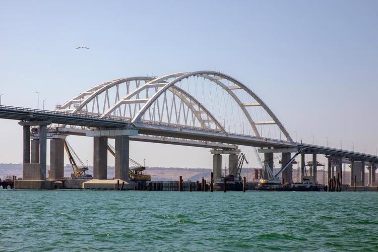 В Керченском проливе ожидается сильный шторм