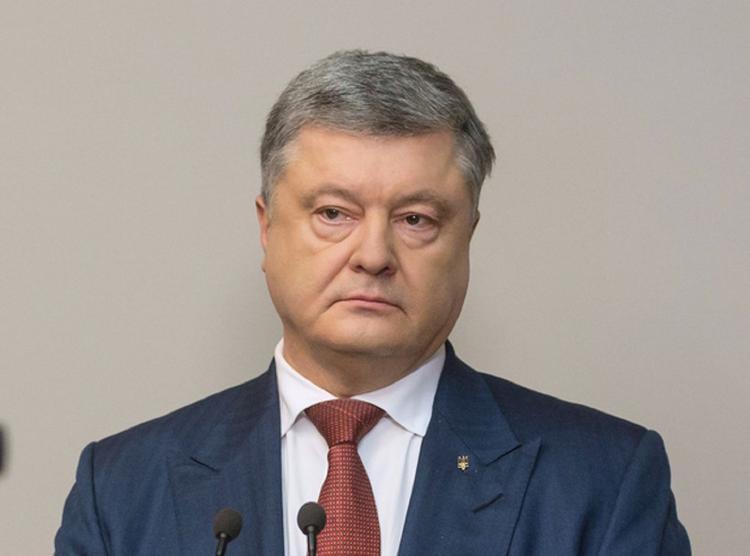 Порошенко рассказал о длительности военного положения на Украине