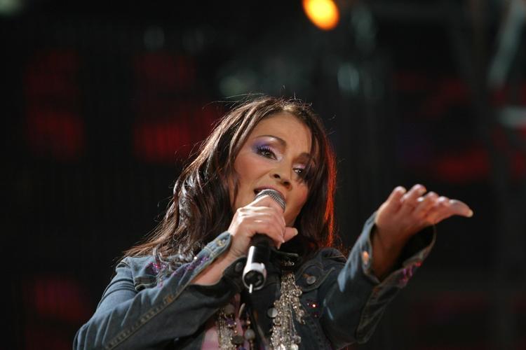 Директор Ротару назвал причину ее отказа от выступлений в России
