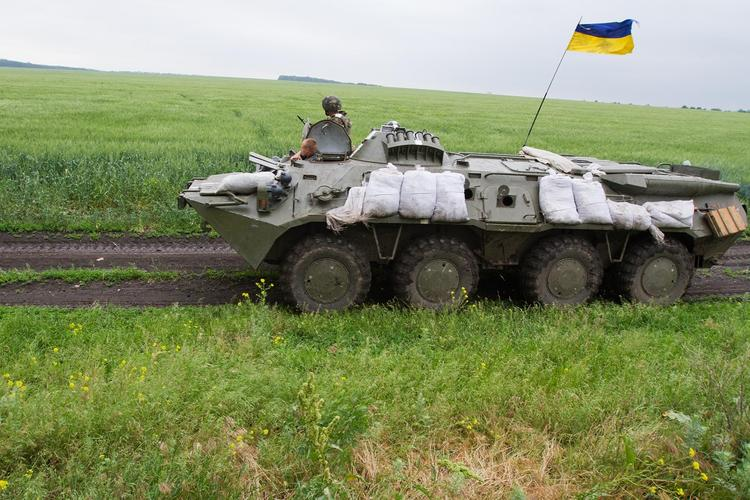 Назван способ остановить бросок ВСУ на Донбасс без перехода границ армией России