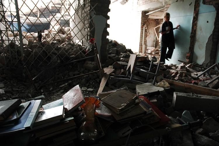 Власти впервые признали, что планировали штурмовать школу в Беслане в 2004 году