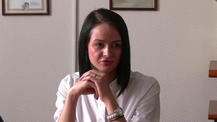Чиновница Глацких заявила, что приносит пользу обществу и молодежи