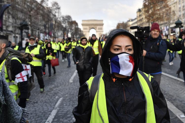 """В сеть попали тайные планы полиции Франции в отношении """"желтых жилетов"""""""