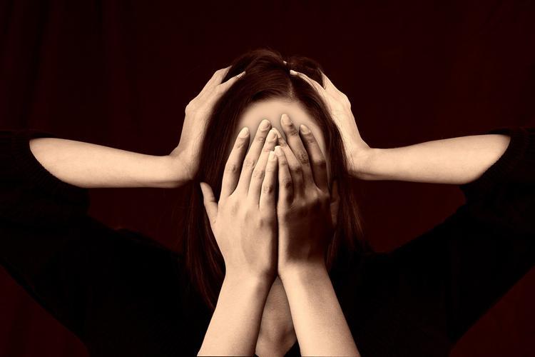Психиатр: Депрессию нельзя лечить электрической стимуляцией мозга