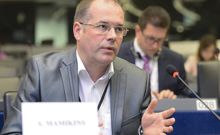 Евродепутат Андрей Мамыкин: Латвия ржавого гвоздя не получит от России