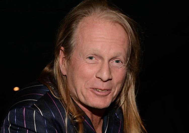 1 января скончался музыкант Крис Кельми