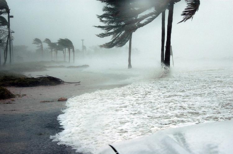 На Таиланд надвигается тропический шторм