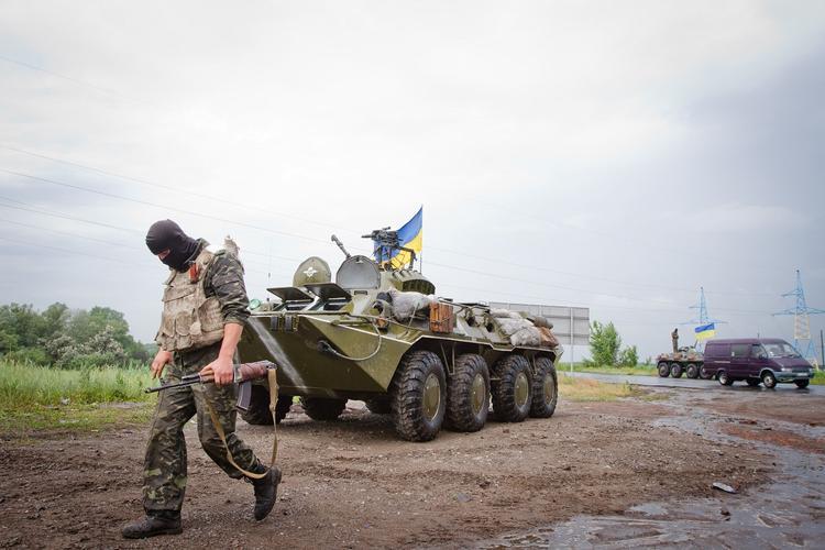 В зоне боевых действий в Донбассе военные ВСУ атаковали собственный спецназ