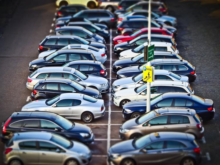 Консула Бельгии избили во Львове за неправильную парковку